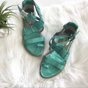 BOTKIER Metallic Gladiator Sandals